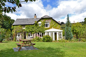 pont y garth holiday cottages in conwy valley north wales